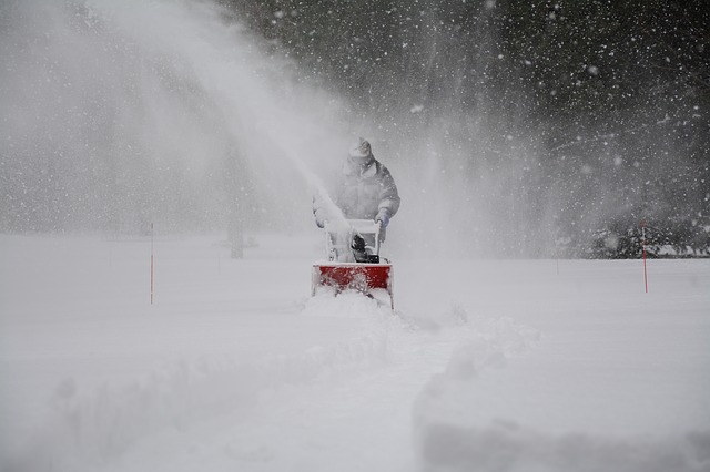 How to Choose Snow Removal Service